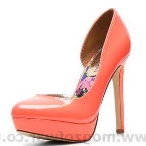 Steve Madden / Madden girl pinkish coral heels